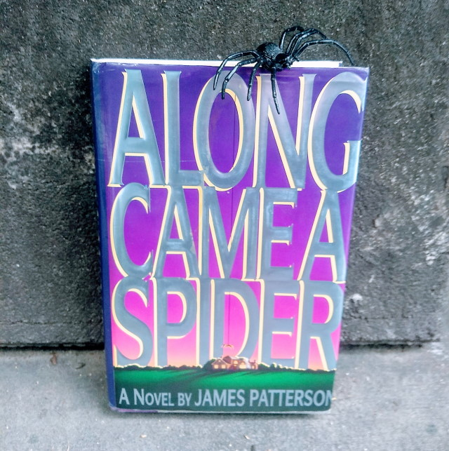 Book Review: Along Came a Spider by James Patterson